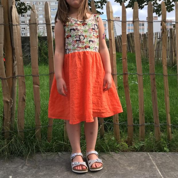 robe en jersey dia de los muertos et frida kahlo et plumetis orange