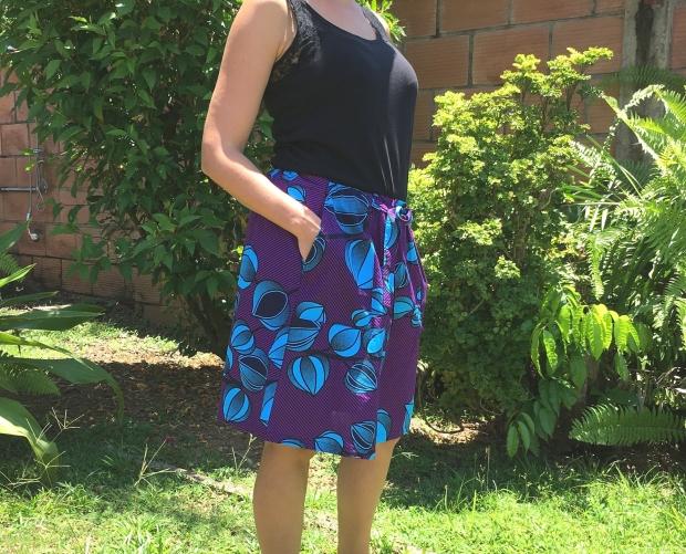 jupe-bibiana-skirt-en-wax-trois-quart-e1535528882712.jpg